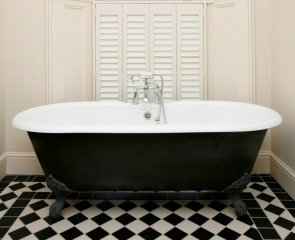 bathroom-interior-shutters-white