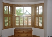 bay-window-wood-shutter-in-tring