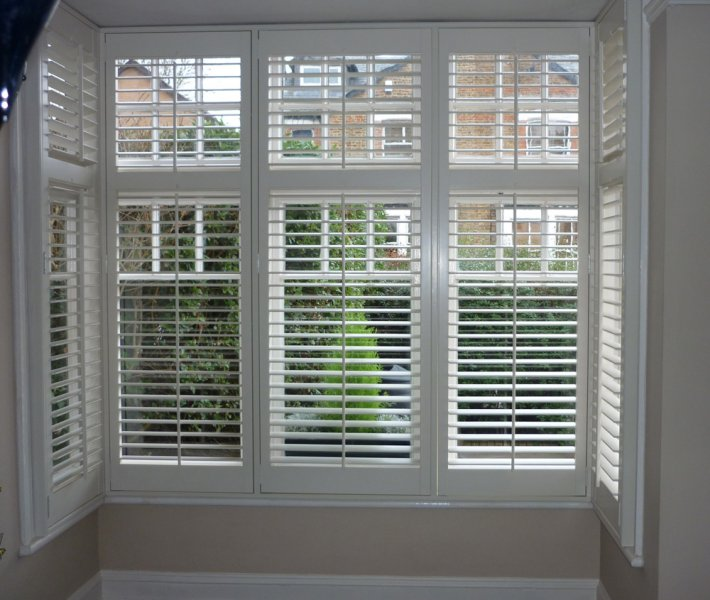 Plantation Shutters With Midrail