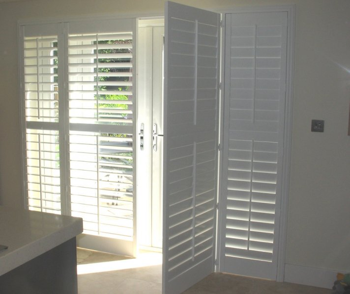 Plantation Shutters Patio Door 712 x 600